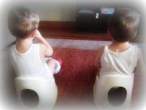 Quitar pañal mellizos gemelos