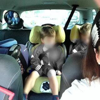 El tetris en el coche, por gentileza de la DGT