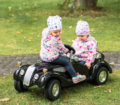Remolque gemelar, otra forma de llevar a los peques sobre ruedas